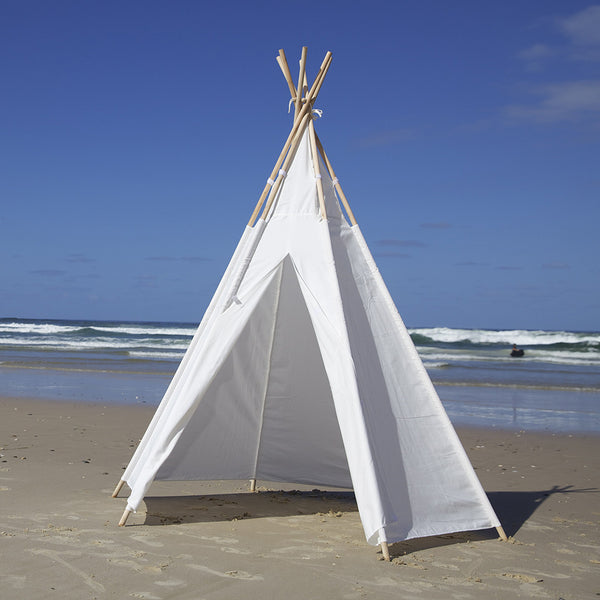 Teepee Super Size Front View