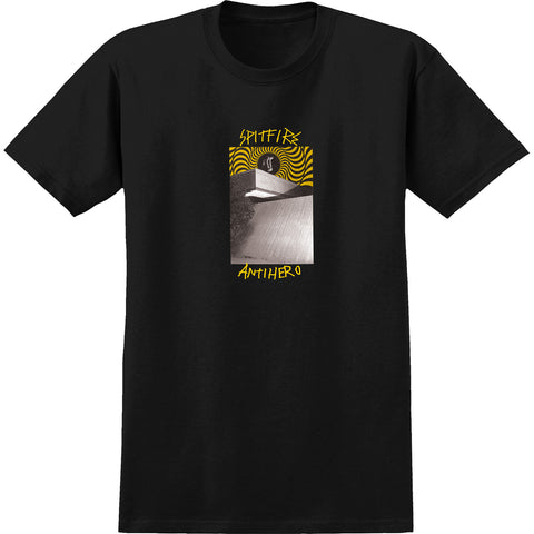 Spitfire X Anti Hero Cardiel Car Wash T-Shirts Medium - Black