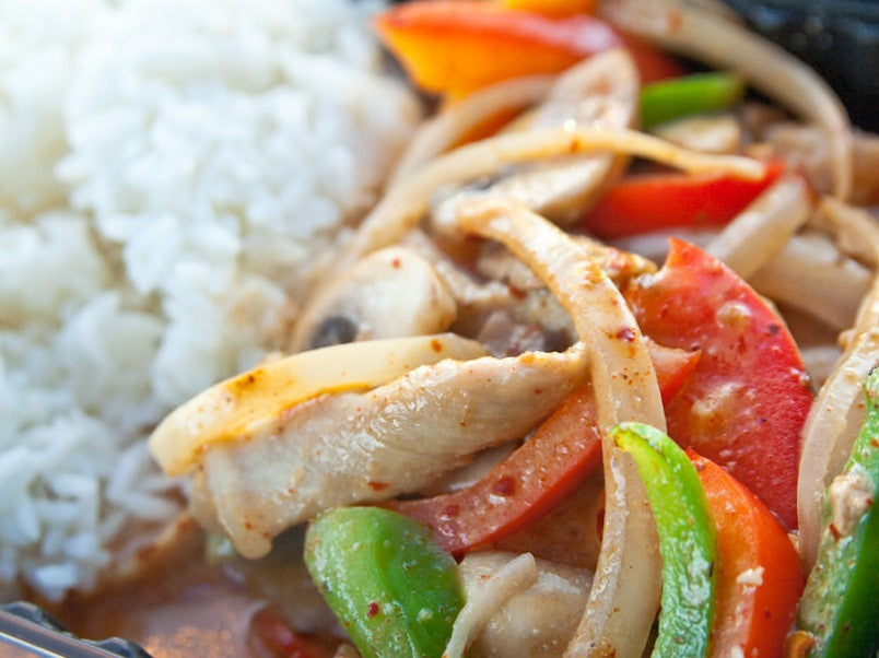 How to make Thai Red Curry with chicken and veggies