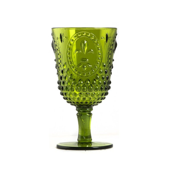 green acrylic glasses. Featuring a classic cut crystal design, this large wine glass is crafted from acrylic making it ideal for yachts and al fresco dining