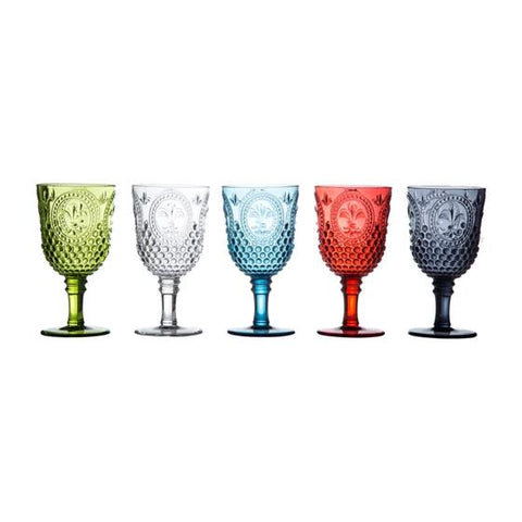 blue acrylic glasses. Featuring a classic cut crystal design, this large wine glass is crafted from acrylic making it ideal for yachts and al fresco dining