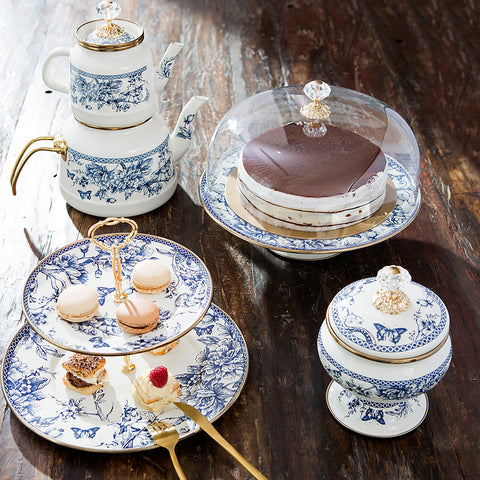 Indulge in the grand tradition of afternoon tea with this stylish and durable enamel teapot set. Ideal for brewing especially Turkish tea,  you can use the top pot for serving tea and the bottom for boiling water. Timeless blue and white style with golden touches. Elegant craftsmanship.
