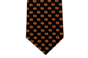 100% Silk Extra Long Tie with Jack-o-lantern Halloween Novelty Tie