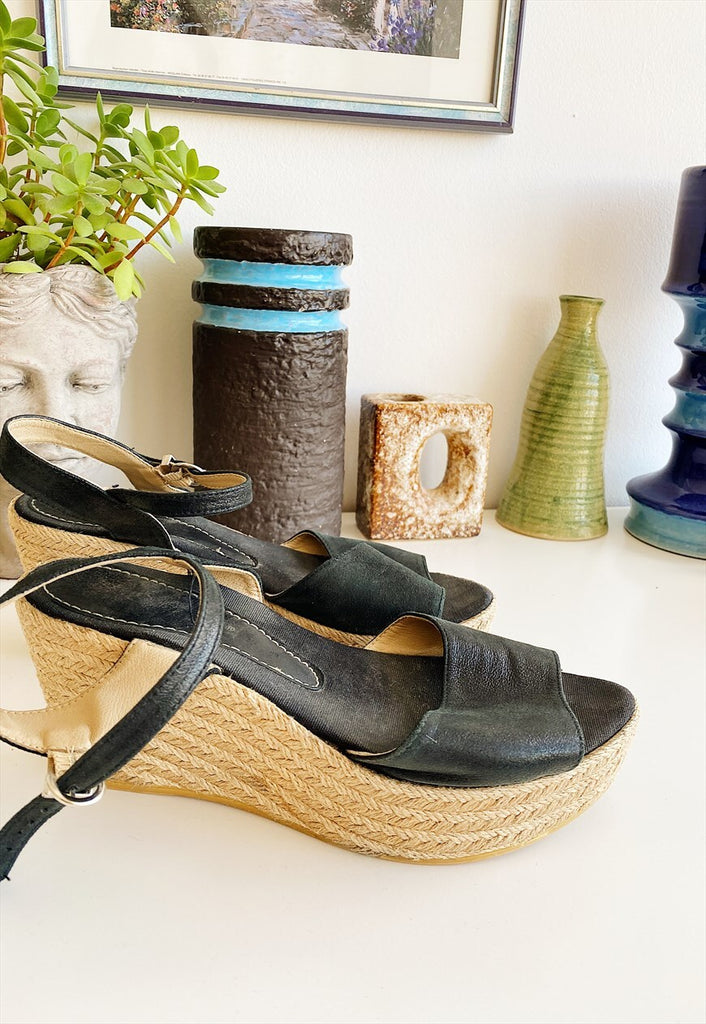 Vintage Y2K wedge crochet & straw espadrille sandals shoes