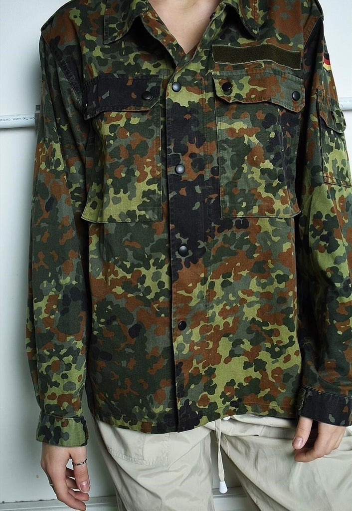 Vintage 90s retro military jacket in multicolour camo