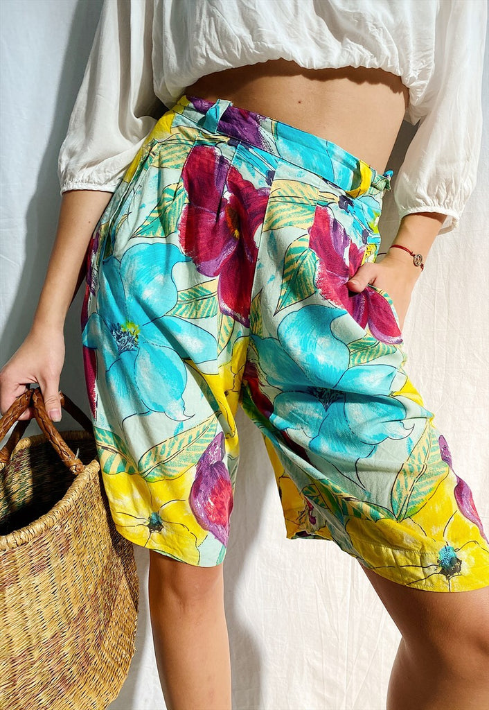 Vintage 80s Abstract Boheme print Floral shorts culottes