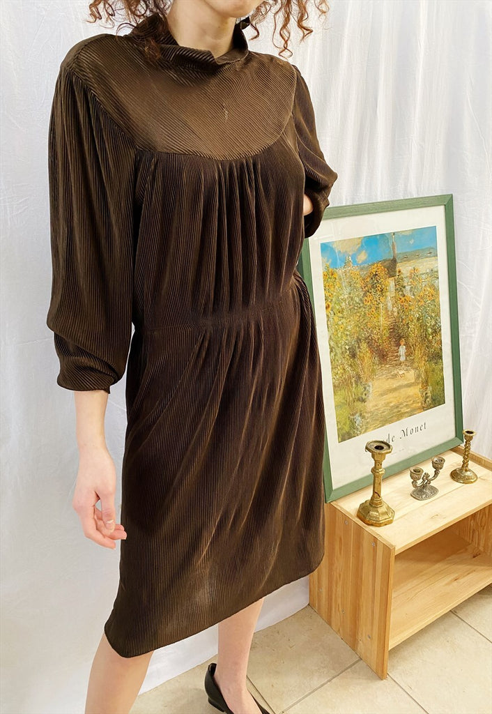 Vintage 70s Luxe elegant corrugated midi dress brown