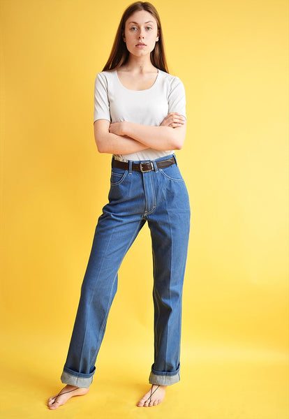 80's retro highwaisted blue jeans