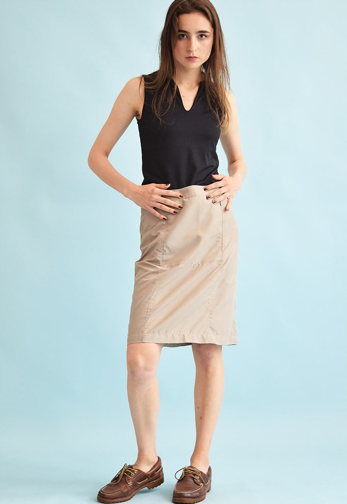 90's retro neutral minimalist mini skirt