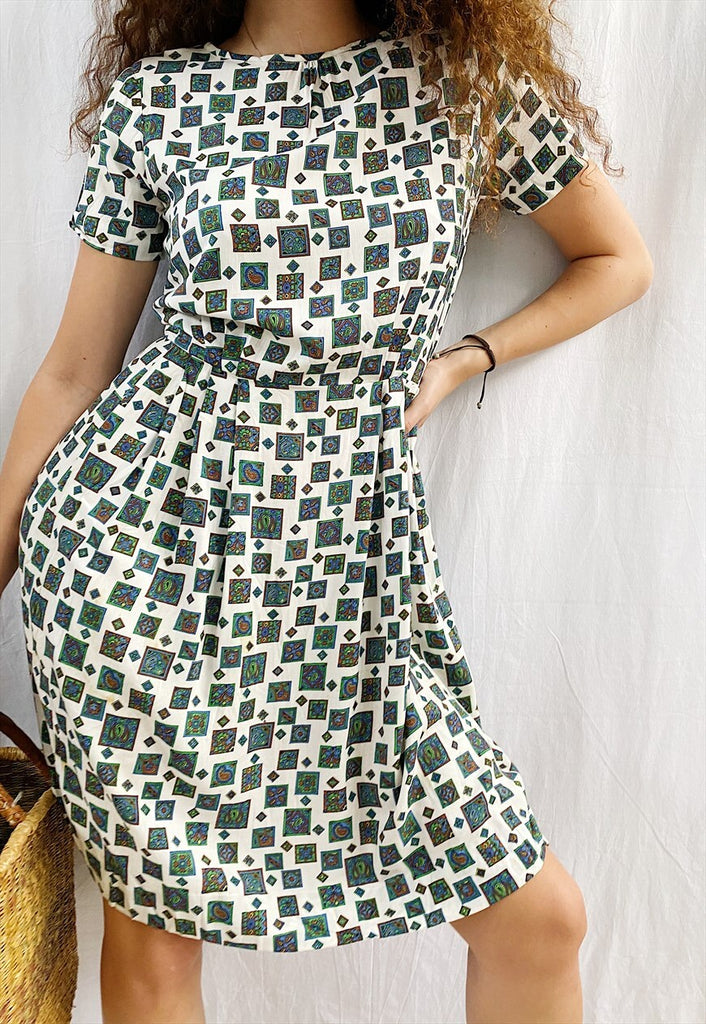 Vintage 80s Luxe Parisian chic Paisley print midi day dress