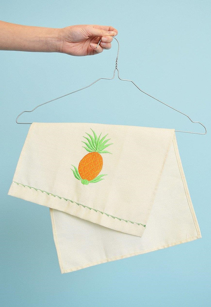 Vintage 80's pineapple embroidery kitchen tea towel