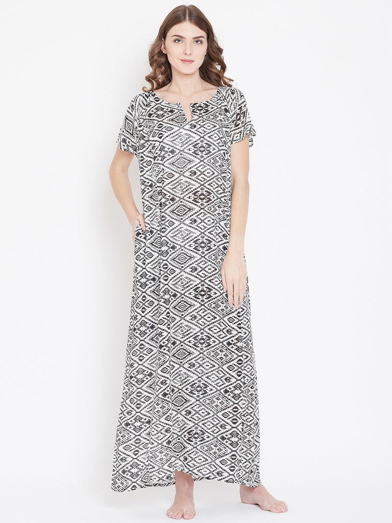 MONOCHROMATIC TESSELATION NIGHTDRESS