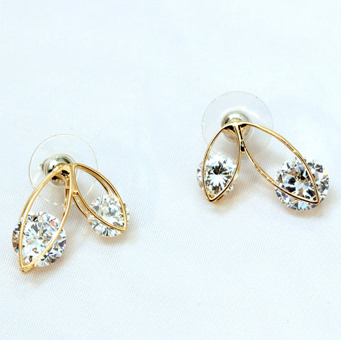 Miyya - Stud earrings