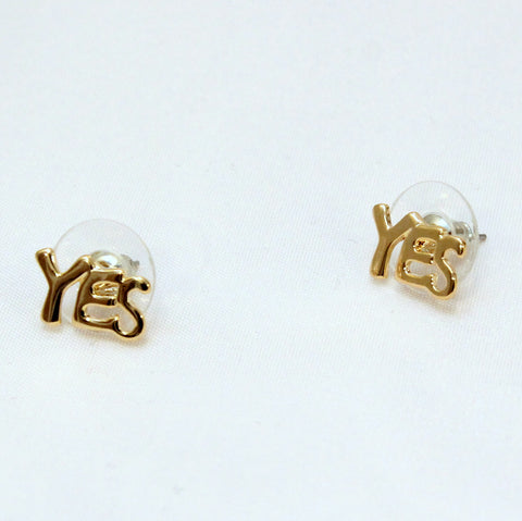 YES - gold stud earrings