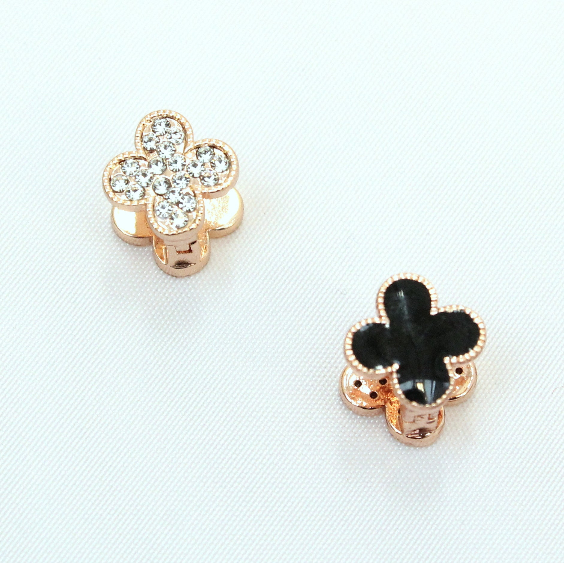 Lucky - Gold plated crystal earrings.