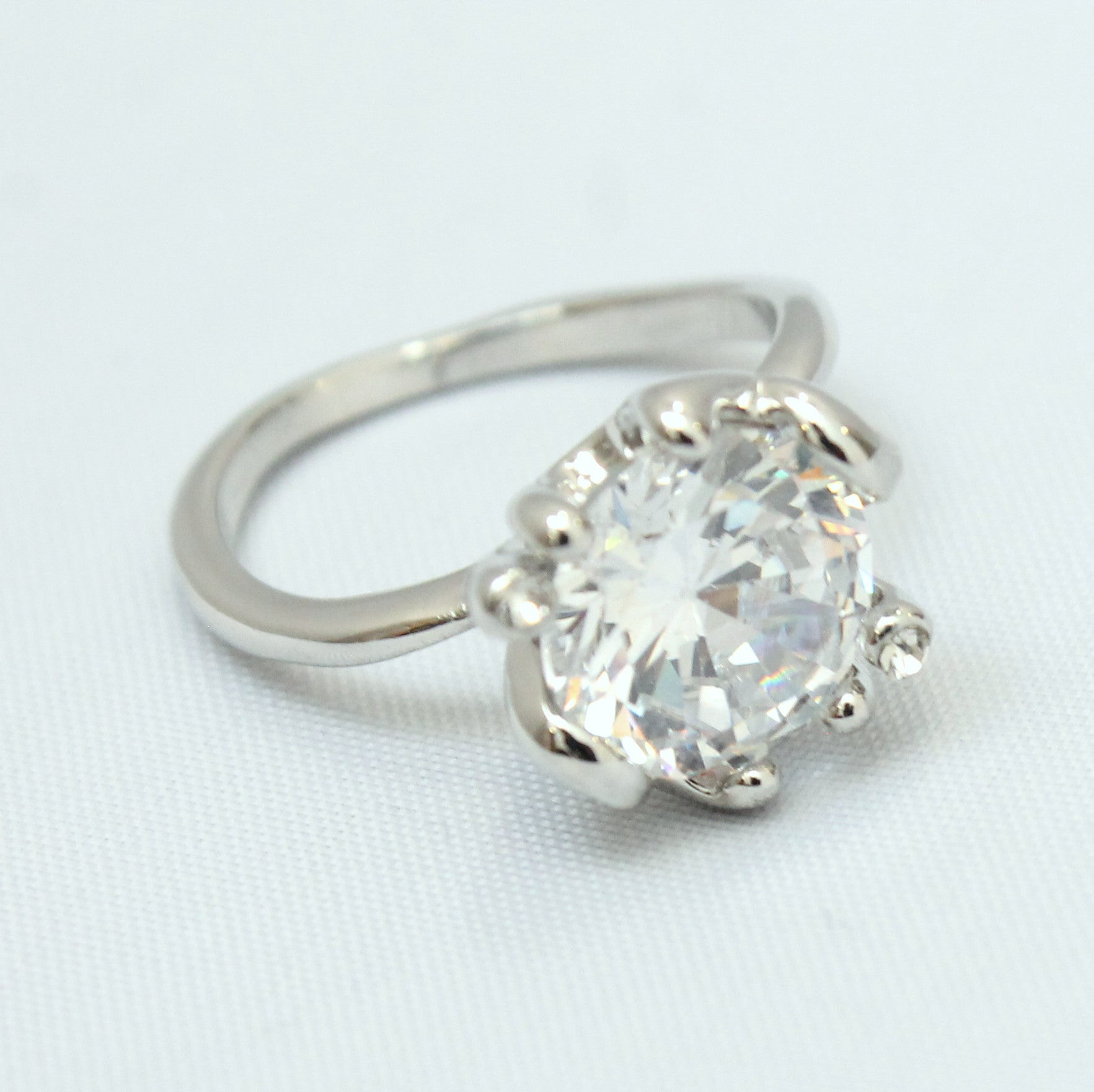 Princess - Large single crystal ring