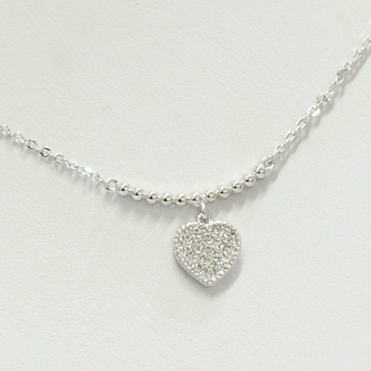 Alya - Thin Heart Necklace