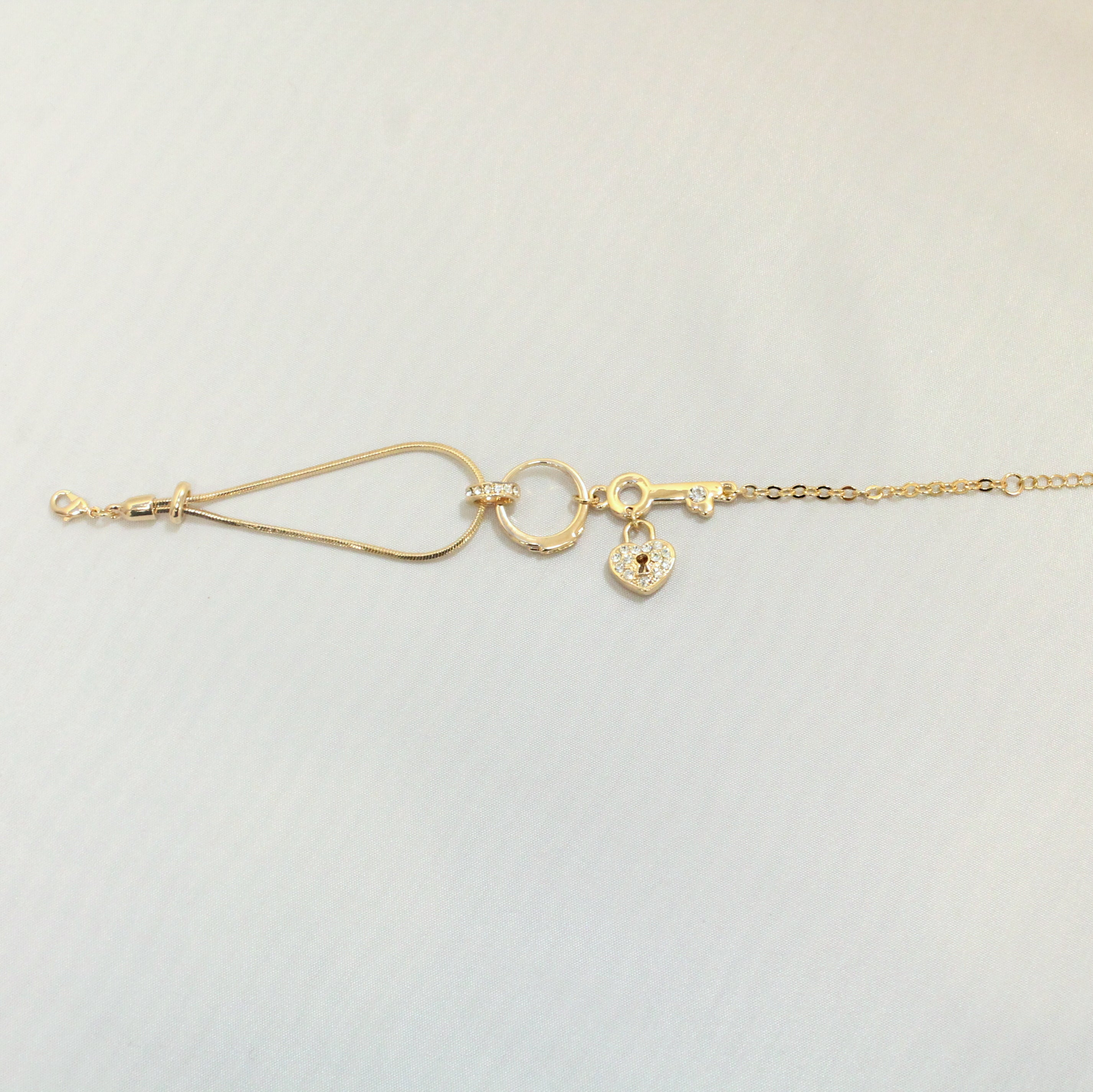 Lock & Key - Gold bracelet