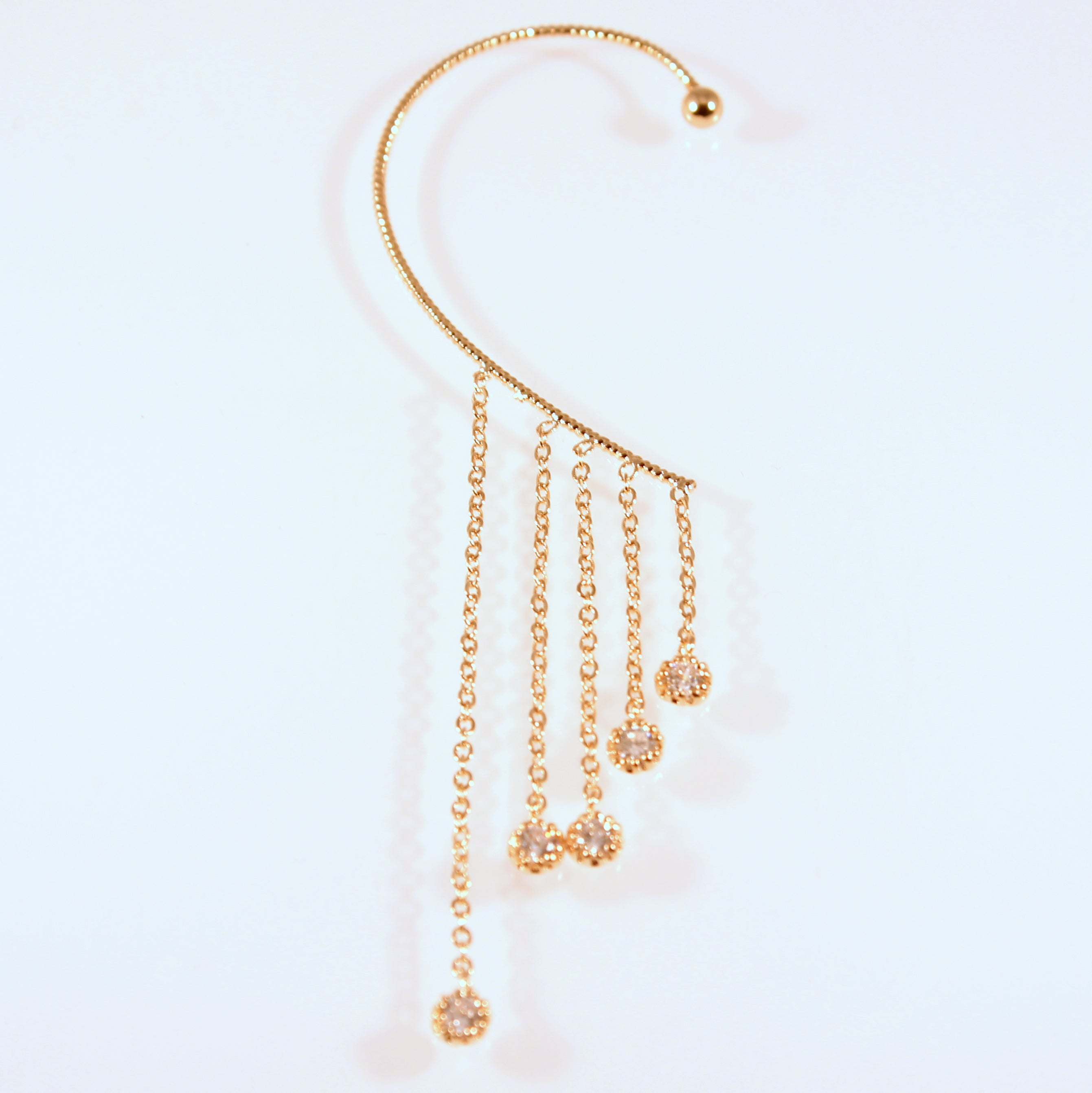 Akeno - Gold plated and crystal ear cuff