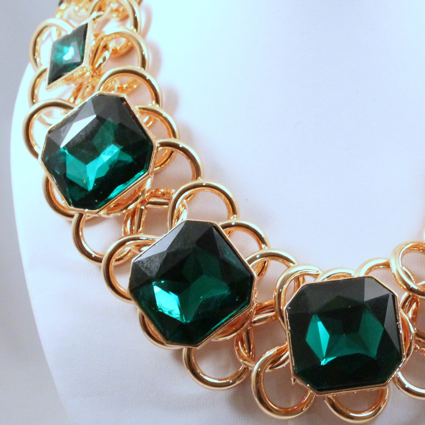 Jade - Statement necklace