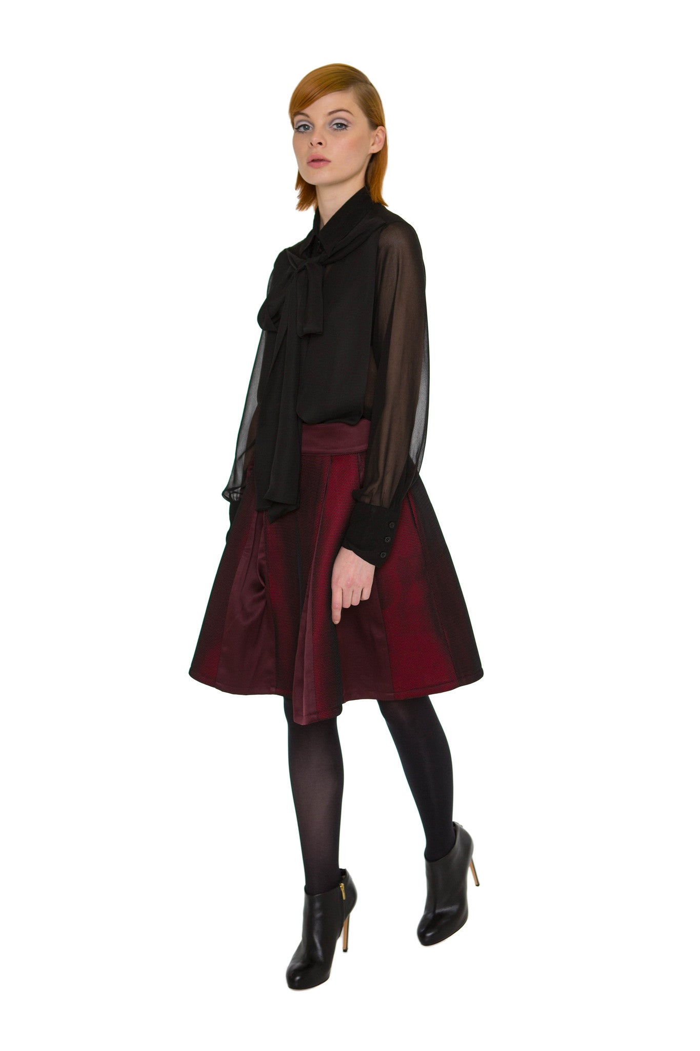 Maroon color inner panel A-line skirt