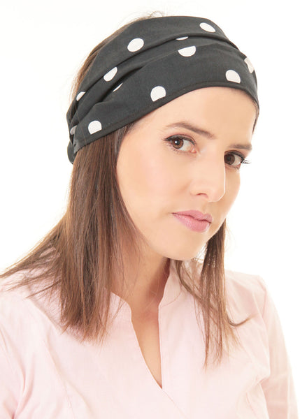 Black bandanna with white dots