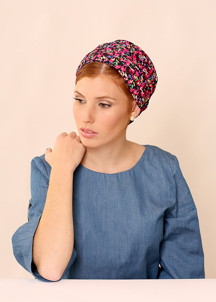 Black head scarf with print