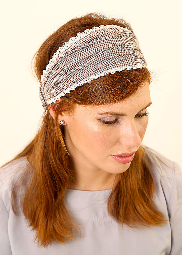 White bandanna with plaids