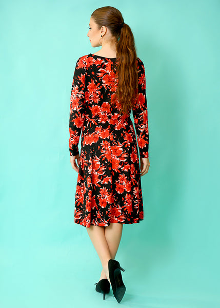 Black floral dress, with pleats