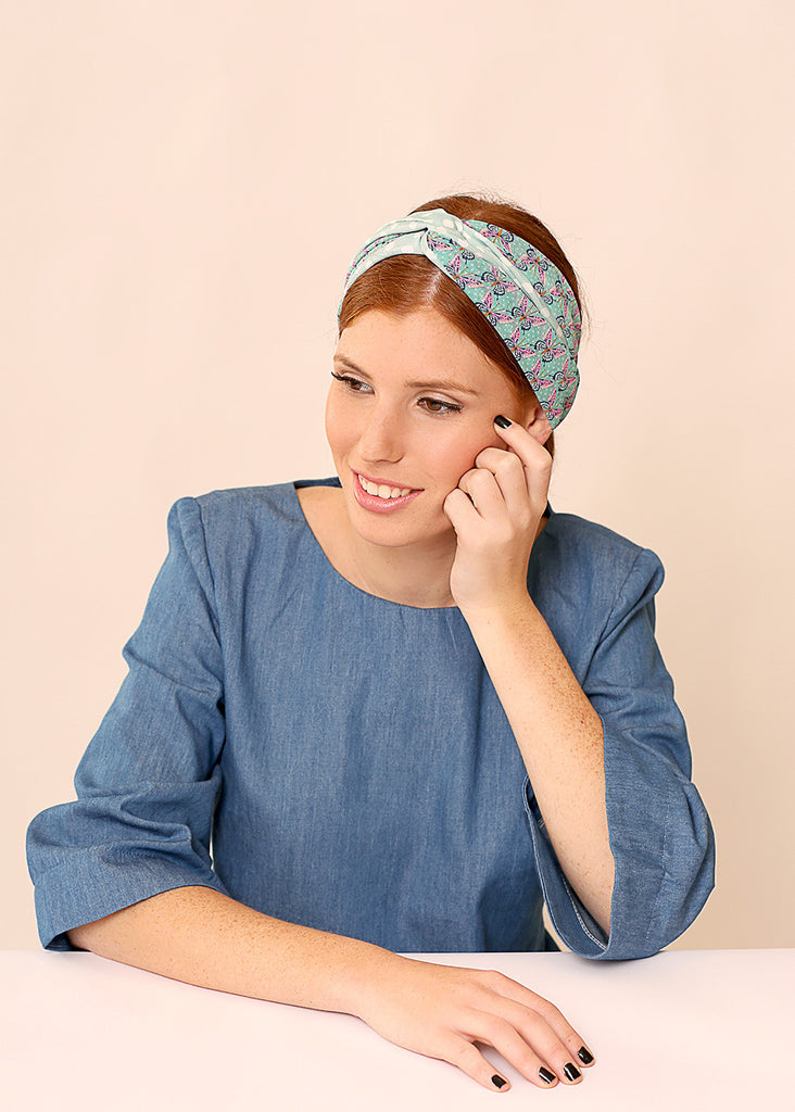 Mint head scarf made of Chiffon