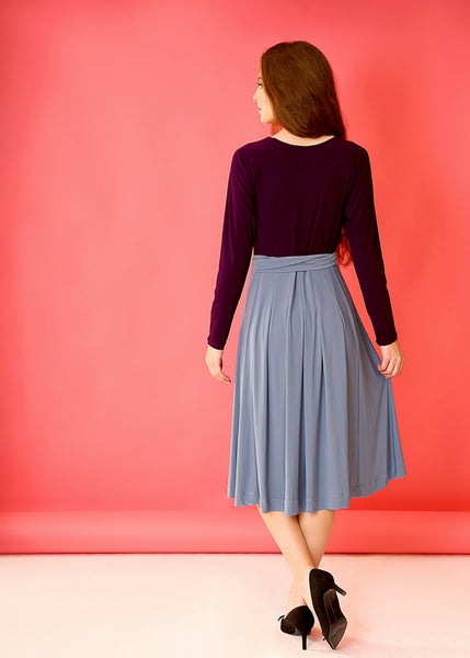 Solid 2 colors midi dress with a belt
