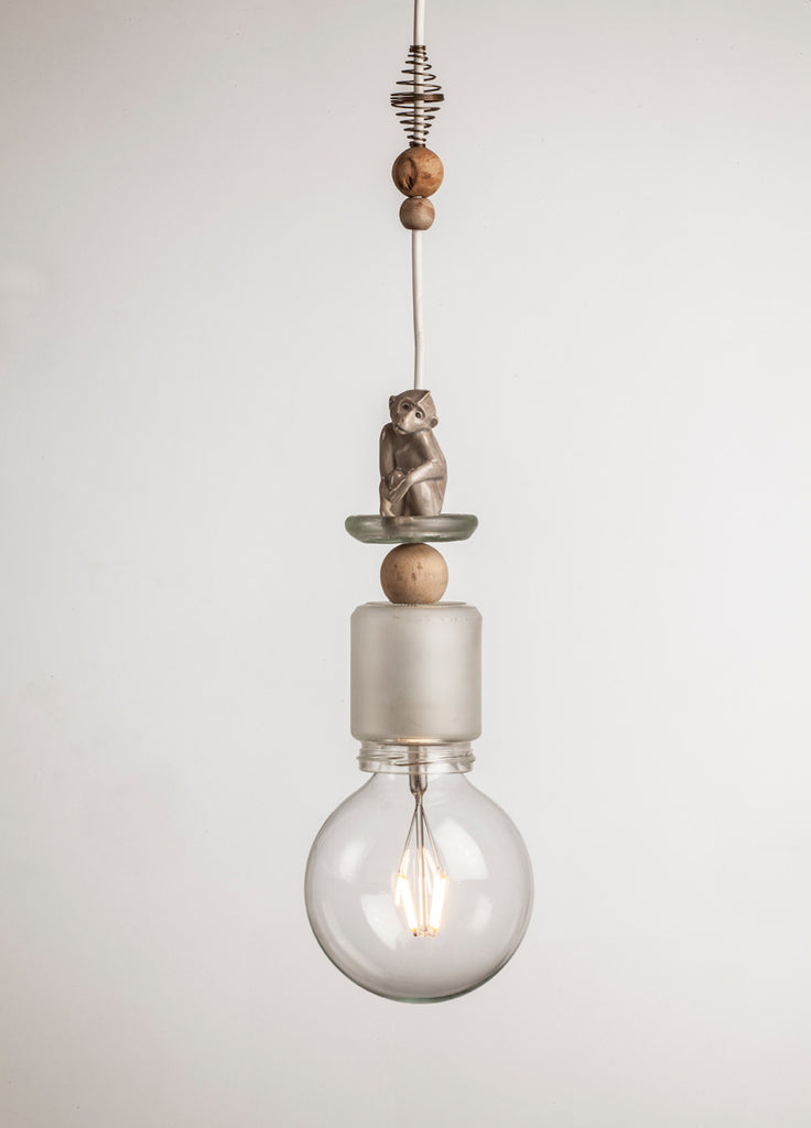 UPCYCLING LIGHT DELUXE ~ L040 ~ MONKEY BUSINESS