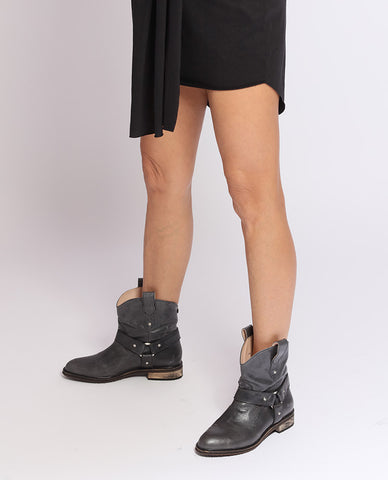 Black-Grey Ankle Cowboy-Style Boots