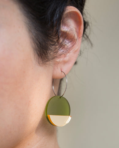 Horizon Earrings - Olive & Gold