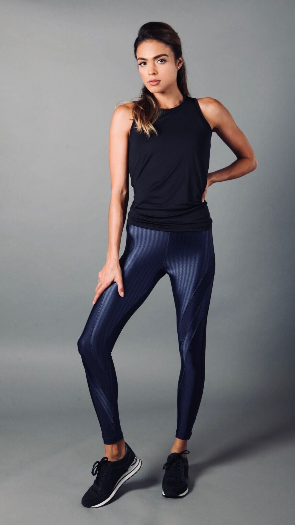NAVY BLUE IRIS LONG TOP LT1145 - Equilibrium Activewear