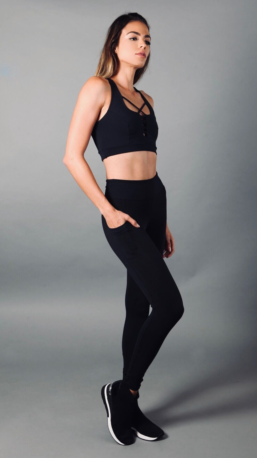 BLACK ANA LEGGINGS L7007 - Equilibrium Activewear