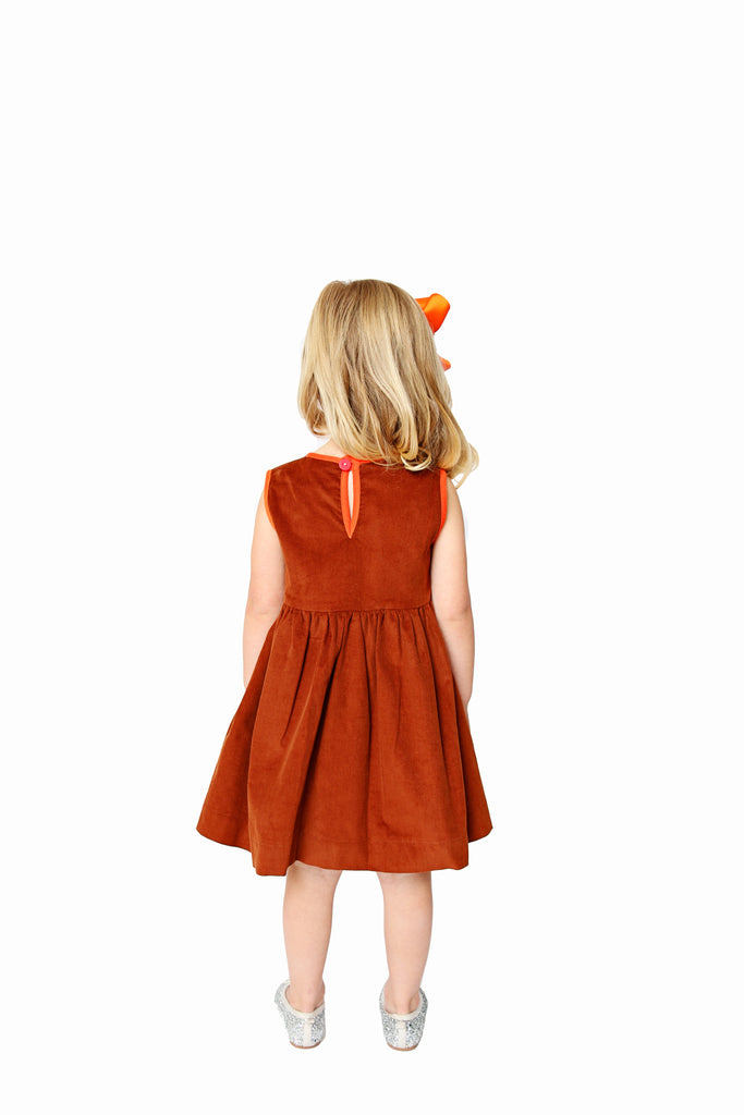 CHESTNUT CORD PINNY WITH ORANGE