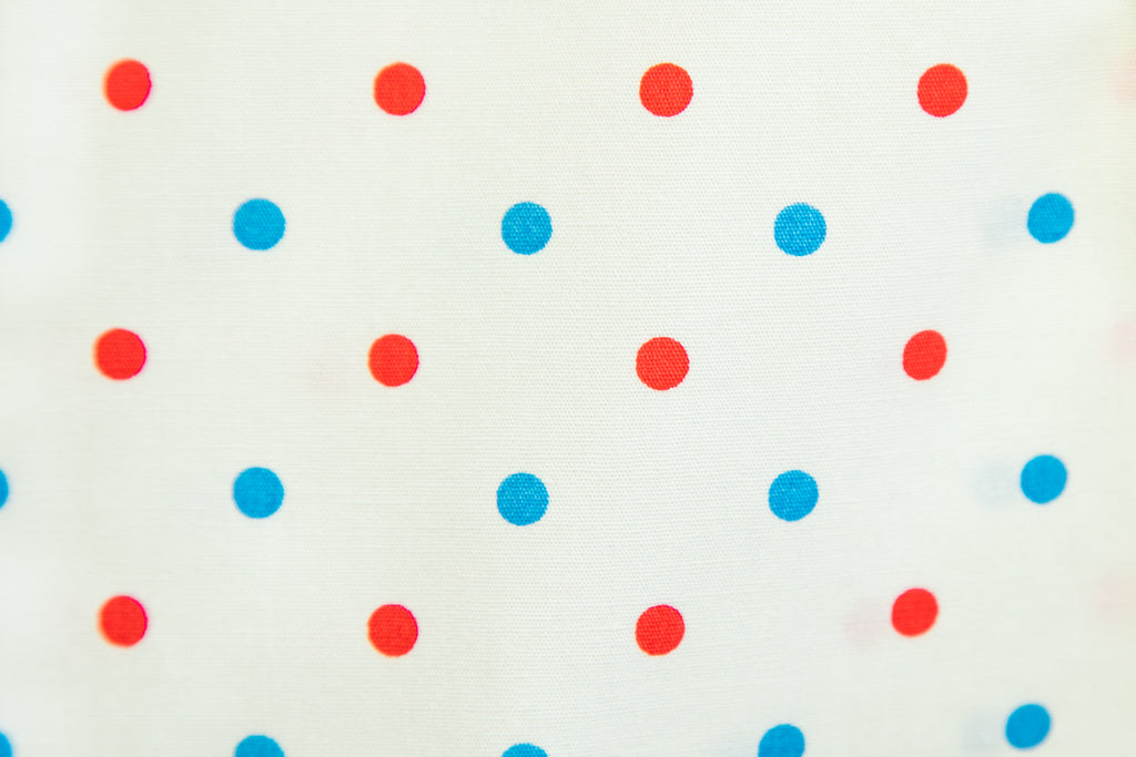 AMERICANA DOTS SUNDAY