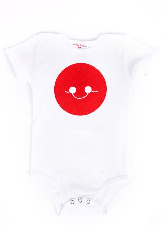 WHITE SHORT SLEEVE SMILE ONESIE