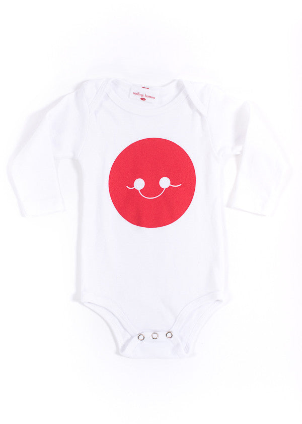 WHITE LONG SLEEVE SMILE ONESIE