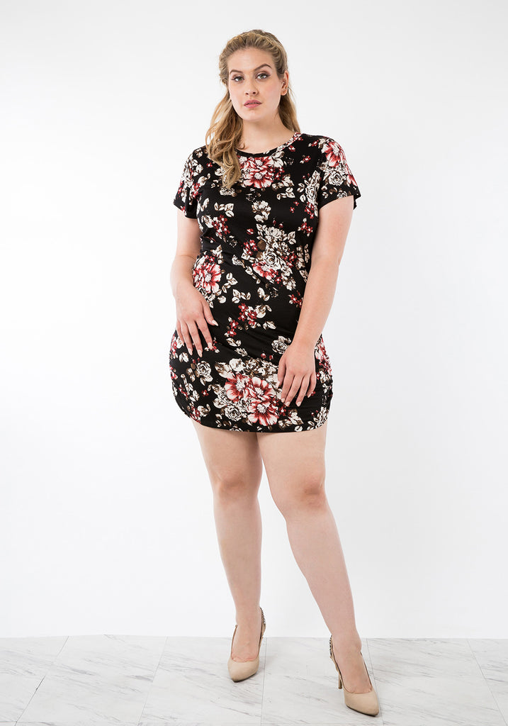 Plus Size Floral Curved Hem Bodycon Short Sleeve Dress – SHOPQUEEN