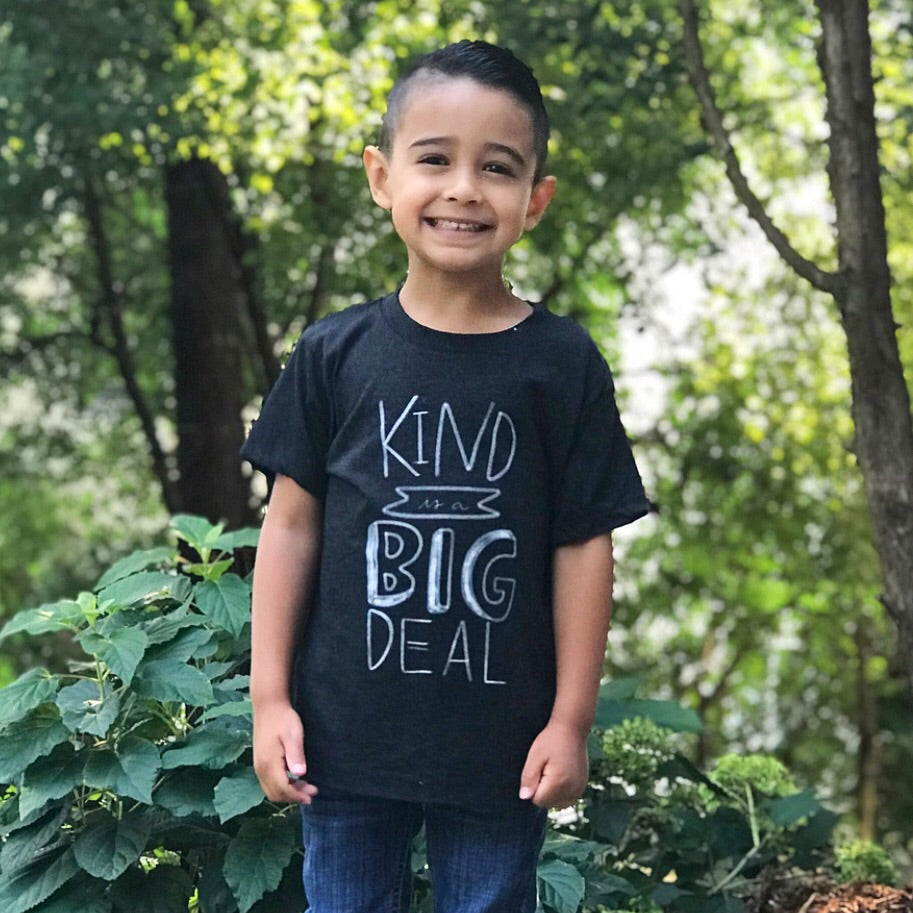 KIND IS A BIG DEAL KIDS T-SHIRT