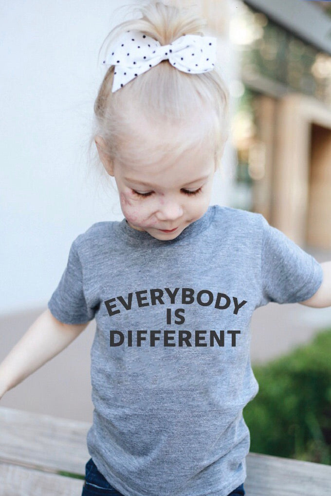 EVERYBODY IS DIFFERENT, DIFFERENT IS NORMAL KIDS T-SHIRT