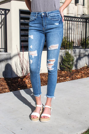 "Vervet Jeans Collection: Spring 2020 Name: Summer Fling Color: Medium Wash Cut: Ankle Skinny Cut, 27"" Inseam Rise: High Rise, 10"" Front Rise Material: 93%COTTON, 5%POLYESTER, 2%SPANDEX Stitching: Classic Fly: Zipper Style #: VT897"