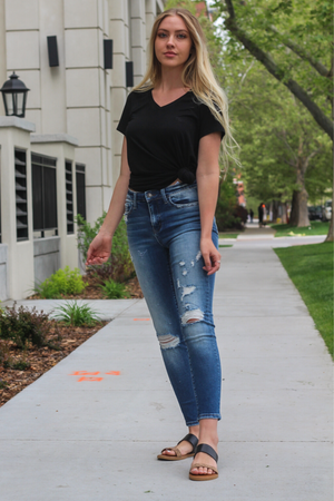 "Vervet Jeans Collection: Spring 2020 Name: Unveil Color: Medium Wash Cut: Ankle Skinny Cut, 27"" Inseam Rise: Mid Rise, 8.75"" Front Rise Material: 93%COTTON, 5%POLYESTER, 2%SPANDEX Stitching: Classic Fly: Zipper Style #: VT716"