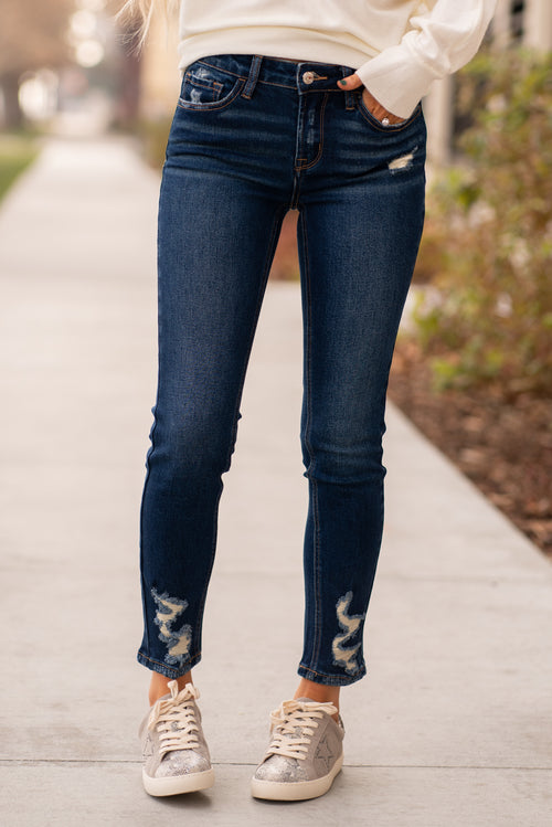 "VERVET by Flying Monkey Jeans Collection: Fall 2020 Skinny, 27"" Inseam Rise: Mid Rise, 9"" Front Rise 90.5% COTTON, 7.5% POLYESTER, 2% SPANDEX Machine Wash Separately In Cold Water Stitching: Classic Fly: Distressed Ripped Legs Style #: VT797D Contact us for any additional measurements or sizing.  Haley wears a size small top, a 25 in jeans and a small in tops. She is wearing a size 25 in these jeans."