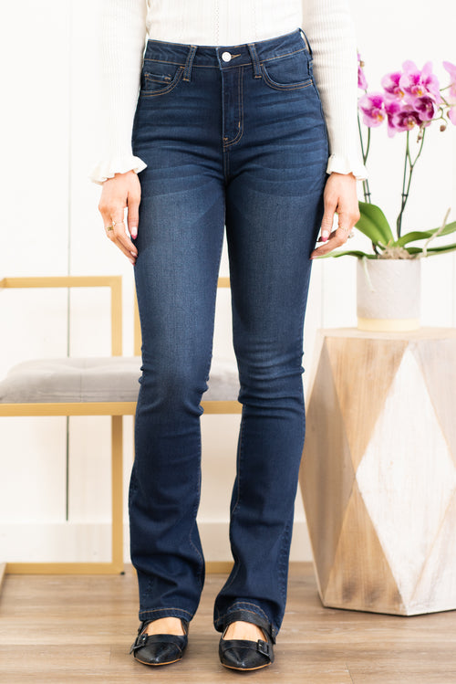 "VERVET by Flying Monkey Jeans Collection: Spring 2021 Skinny, 34"" Inseam High Rise, 10"" Front Rise 54% COTTON, 34% RAYON, 10% POLYESTER, 2% SPANDEX Machine Wash Separately In Cold Water Stitching: Classic Fly: Zipper Style #: VT839 Contact us for any additional measurements or sizing.  Chloe is 5'8"" and 130 pounds. She wears a size 3 in jeans, a small top, and 8.5 in shoes. She is wearing a size 26/3 in these jeans."