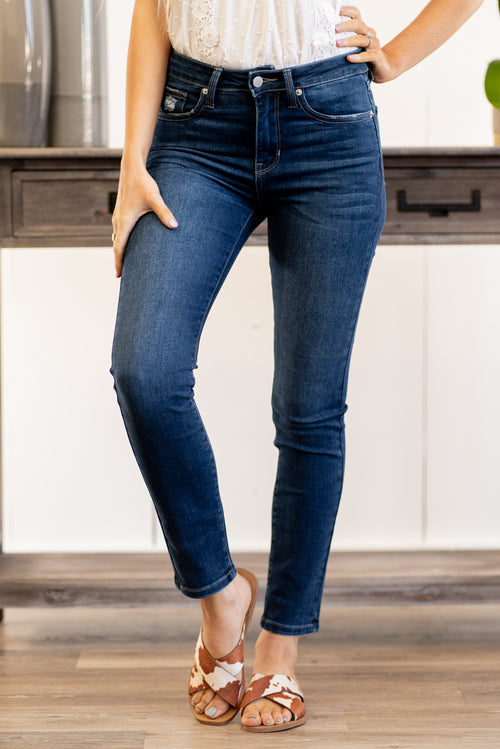 "Just USA Jeans  Color: Medium Blue Clean Cut Skinny Cut: Skinny, 27.5"" Inseam Mid Rise, 8.5"" Front Rise   Stitching: Classic 51% RAYON, 26% Rayon, 12% Polyester, 1% Lycra Fly: Zipper Style #: JP131-DK Contact us for any additional measurements or sizing.  Haley wears a size small top, a 1 in jeans and a small in tops. She is wearing a size 2 in these jeans."