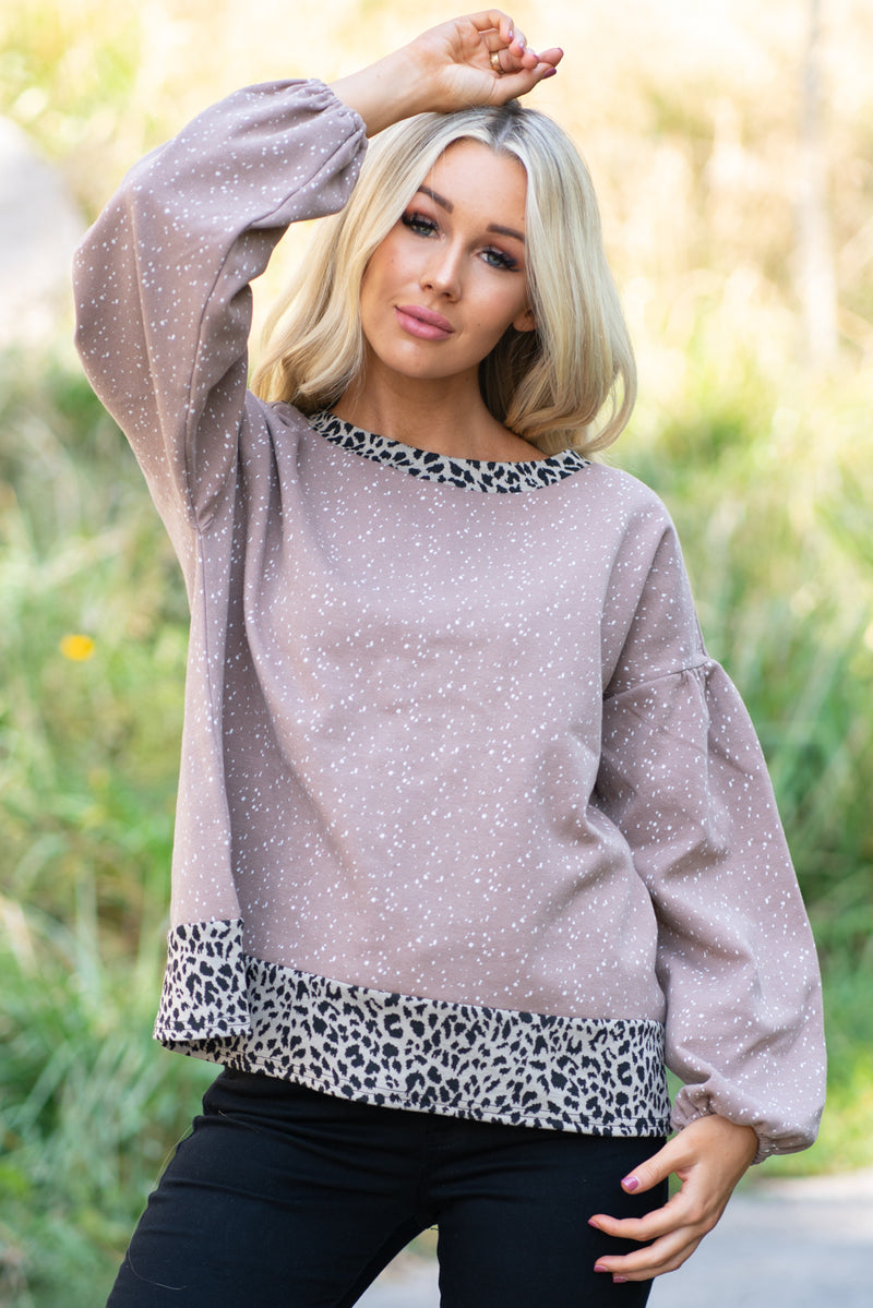 Miss Me  Collection: Fall 2020 Color: Charcoal Grey Neckline: Round Neck Sleeve: Long Sleeve with Leopard Print Fit: Crew Trim Long Sleeve  Style #: MT1308L Contact us for any additional measurements or sizing.  Haley wears a size small top, a 3 in jeans and a small in tops. She is wearing a size small in this top.