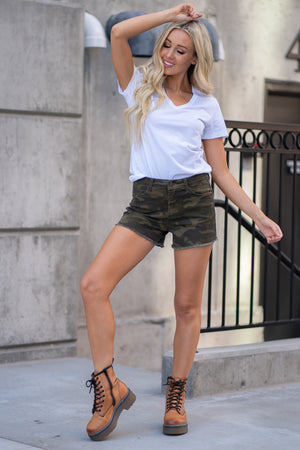"Judy Blue Collection: Summer 2020 Color: Camo Print Cut: Fray Hem Shorts, 3.5"" Inseam  High Rise, 10"" Front Rise 76% COTTON / 17% RAYON / 5% POLYESTER / 2% SPANDEX Stitching: Classic Fly: Zipper Style #: JB1572 , 1572"